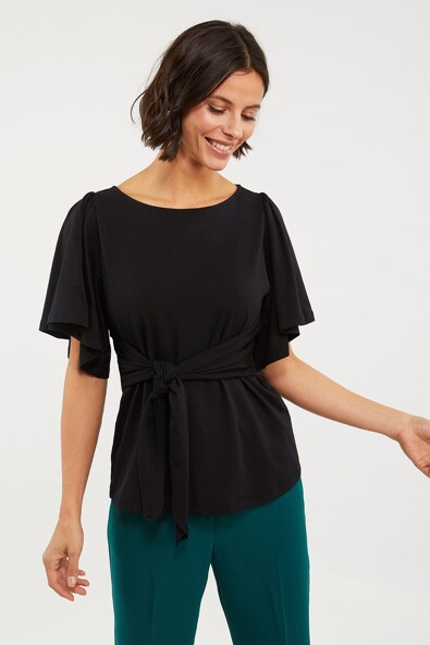 Bell sleeve t-shirt tied at front