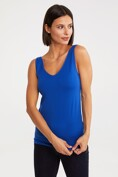 Seamless tank worn back-to-front