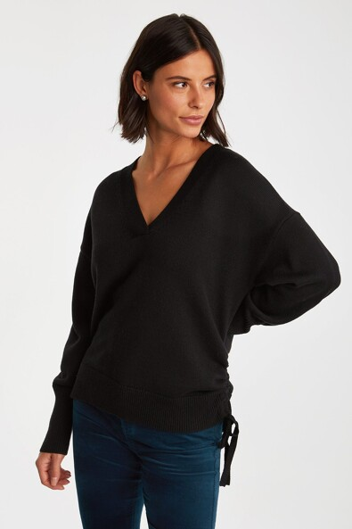 V neck sweater tied at side