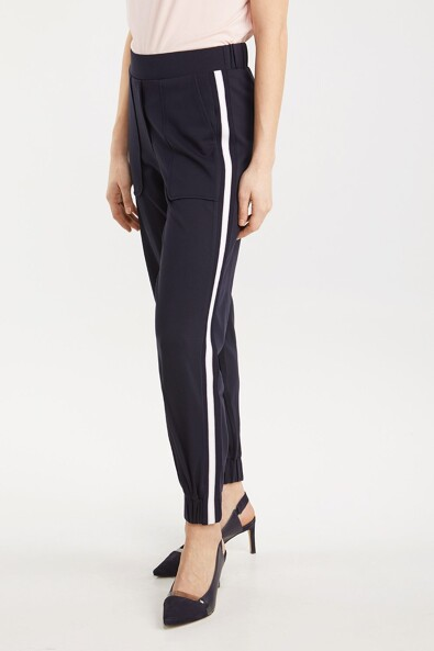 Casual ponte pant with rib detail