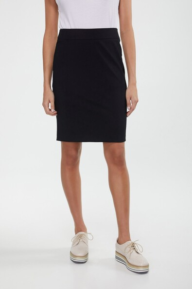 Pencil skirt with two back slits