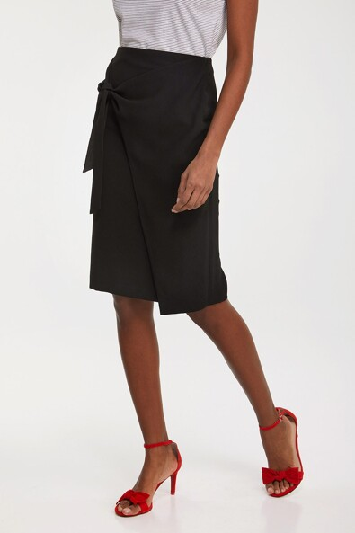 Tied front pencil skirt