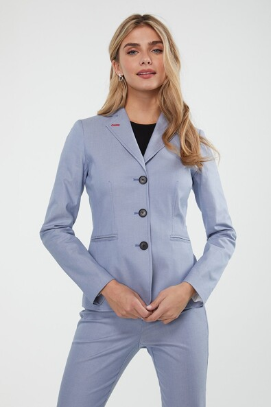 Fitted blazer with contrast detail