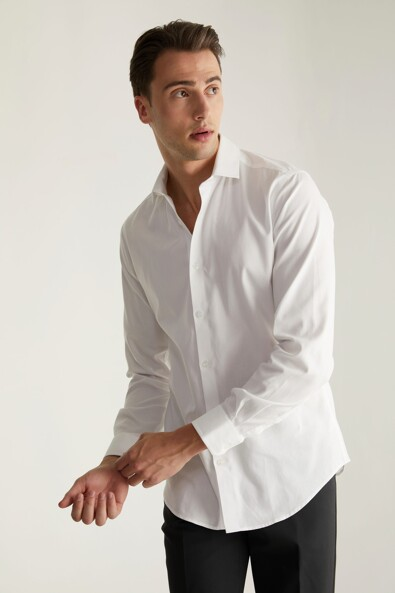 Extra-fitted non-iron textured shirt