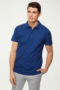 Solid colour textured polo
