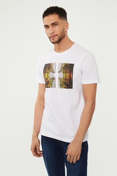 Urban graphic printed t-shirt