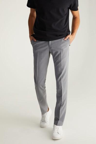 Solid Slim Fit pant